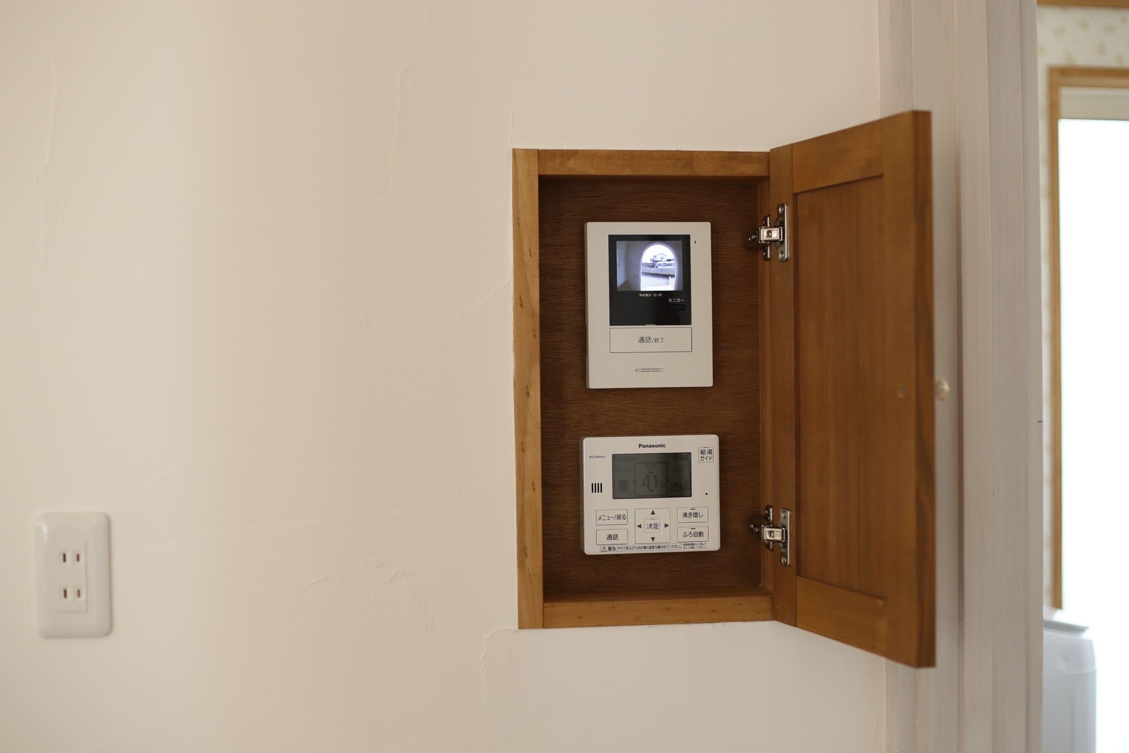 福井でかっこいい家をつくるガウディの施工例 扉付きのニッチの提案