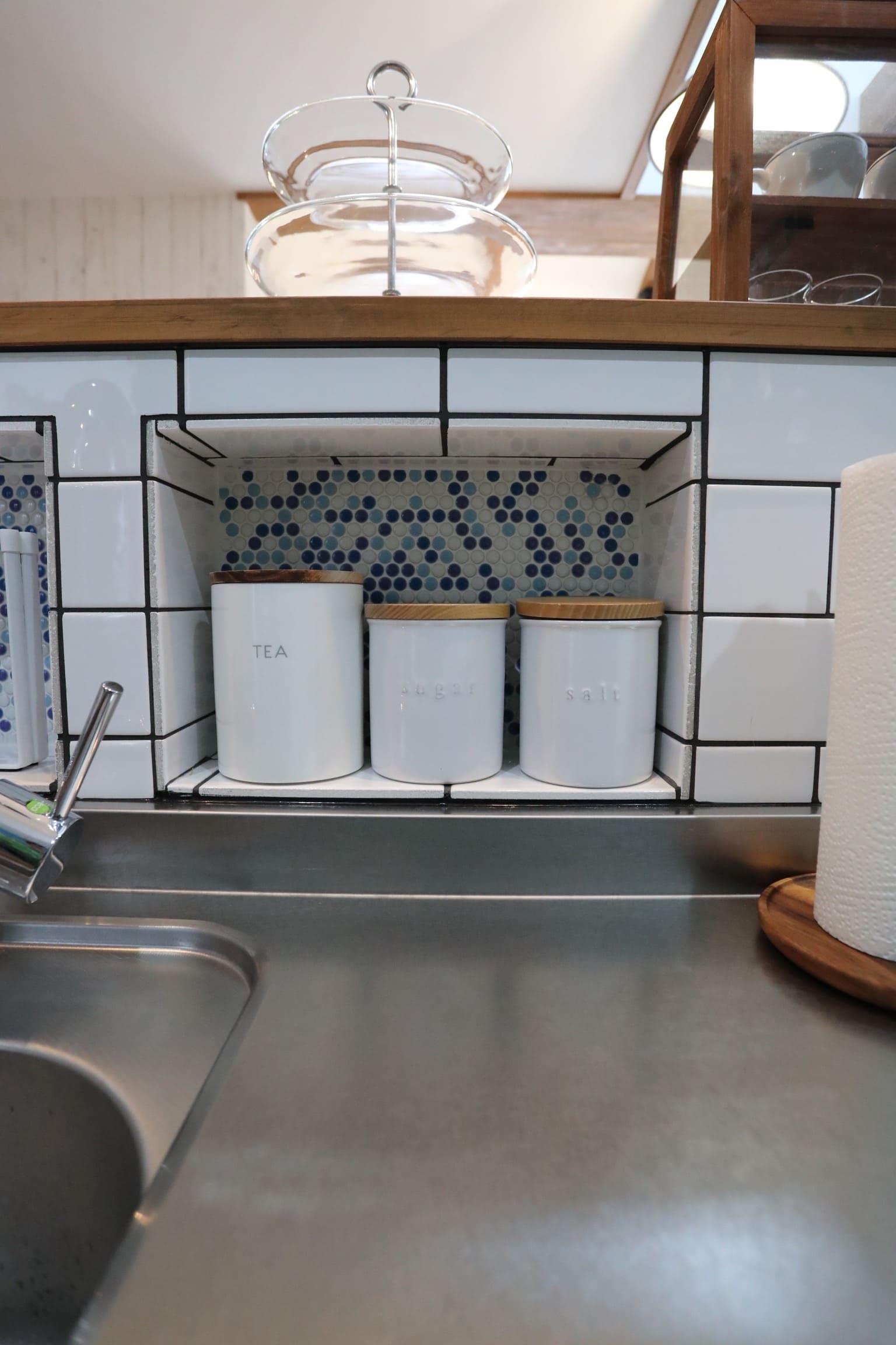 福井でかっこいい家をつくるガウディの施工例 キッチンのニッチの施工例